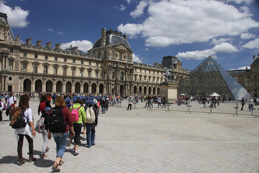Arrivée au musée du Louvre