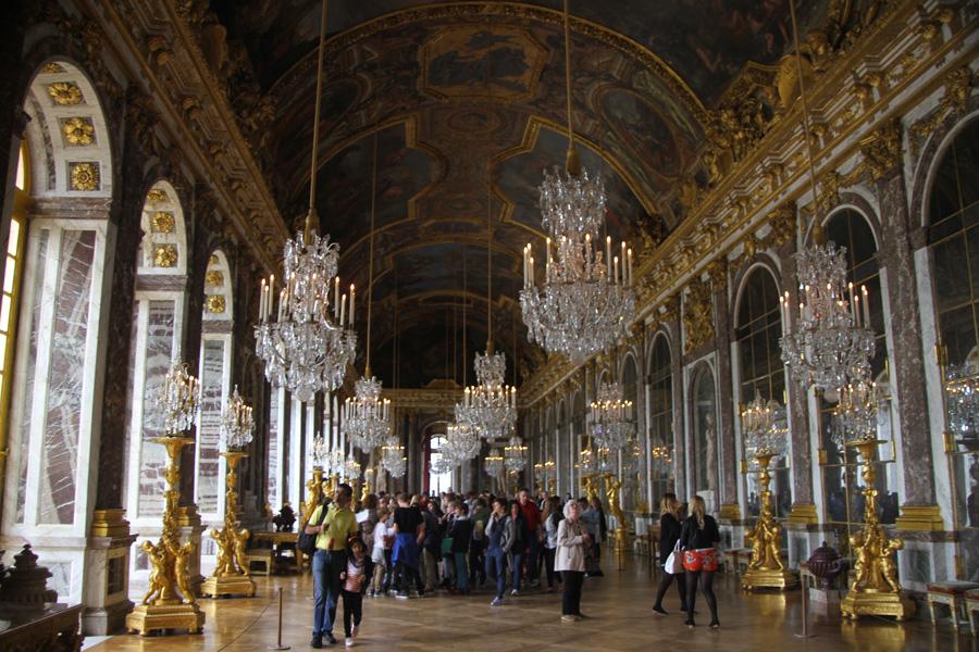 La Galerie des glaces, dans les appartements du Roi et de la Reine à Versailles