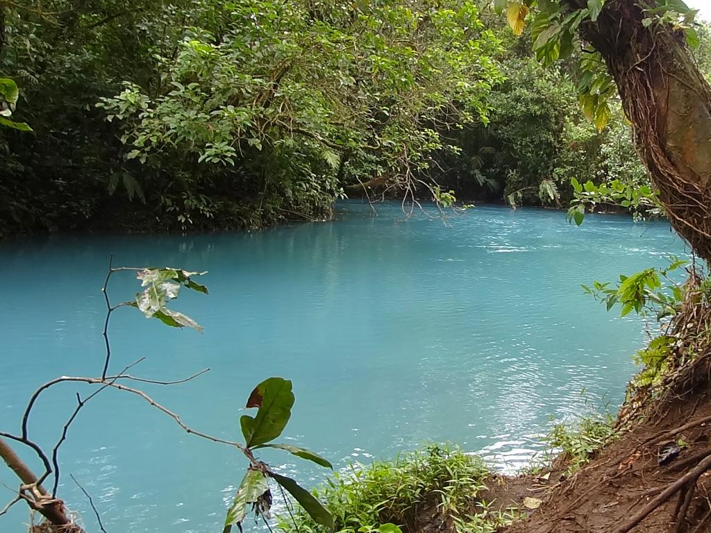 Le Rio Celeste au parc national de Tenorio
