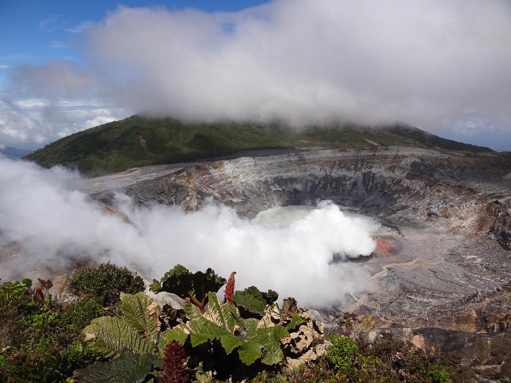 Volcan-Poas (2708m)